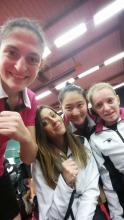 Perrine, Roxana, Yanan et Laura après la victoire